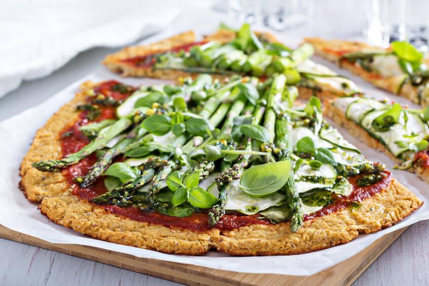cauliflower veggie pizza   LCR Health