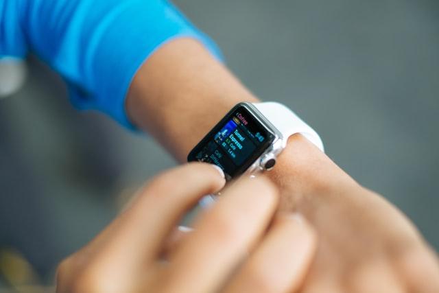 smart watch | LCR Health