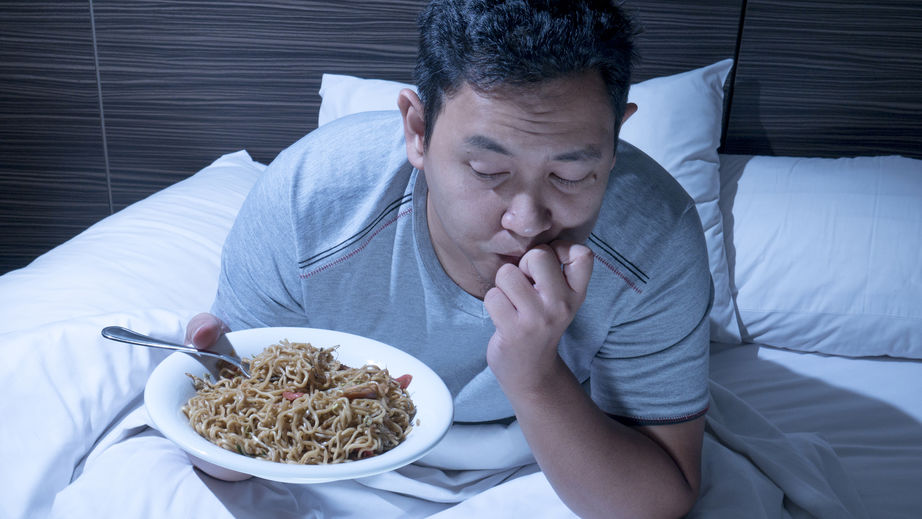 late night snacking | LCR Health